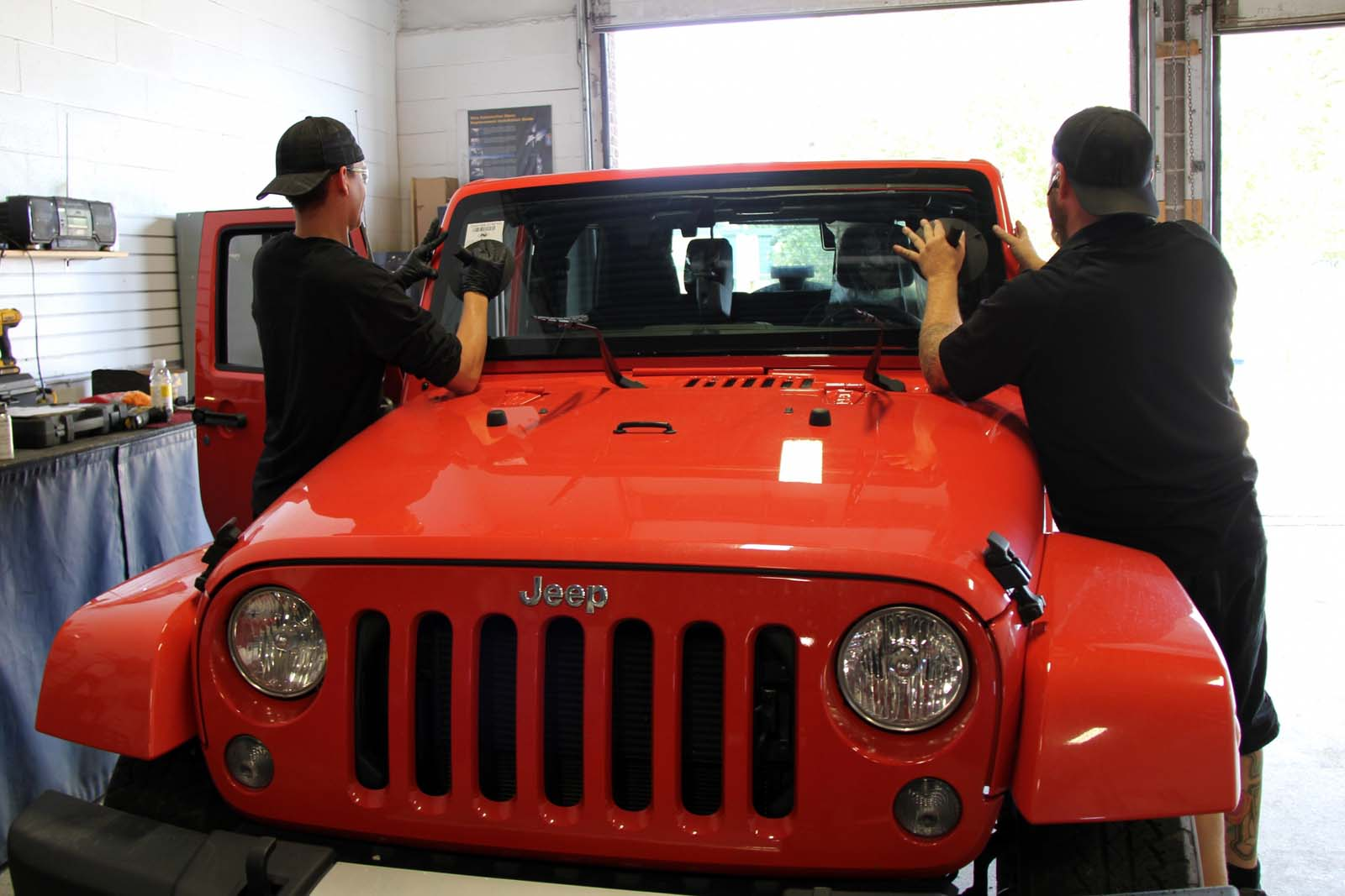 Jeep Wrangler Windshield Replacement And Repair